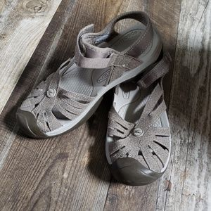 Keen 'Rose' Sandals size 8 like new